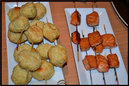 brochettes boulettes de poulet dans Plats brochettes